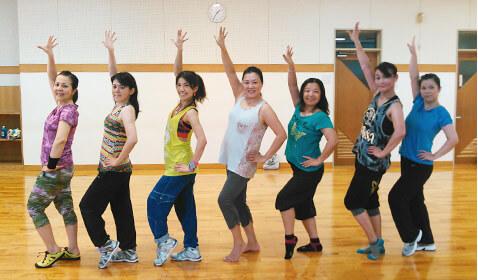 レディース健康運動プログラム「Zumba®レッスン」 活動写真
